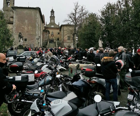 tuscany-motorcycle-tours-benediction-montesenario-2