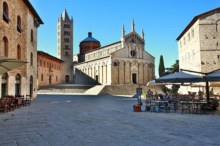 tuscany-motorcycle-tours-gallery-massa-marittima
